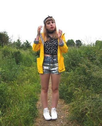 the velvet black grunge blogger blouse shorts