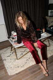 pants,flare velvet pants,tumblr,red pants,cropped velvet pants,cropped pants,velvet,flare pants,burgundy,shirt,printed shirt,sandals,sandal heels,high heel sandals,Silver sandals,date outfit