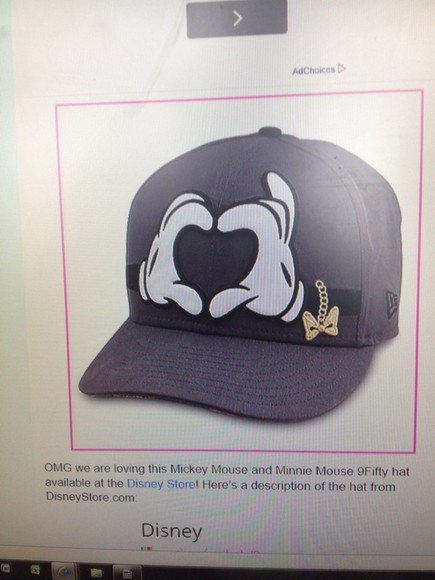 mickey mouse cap hands heart