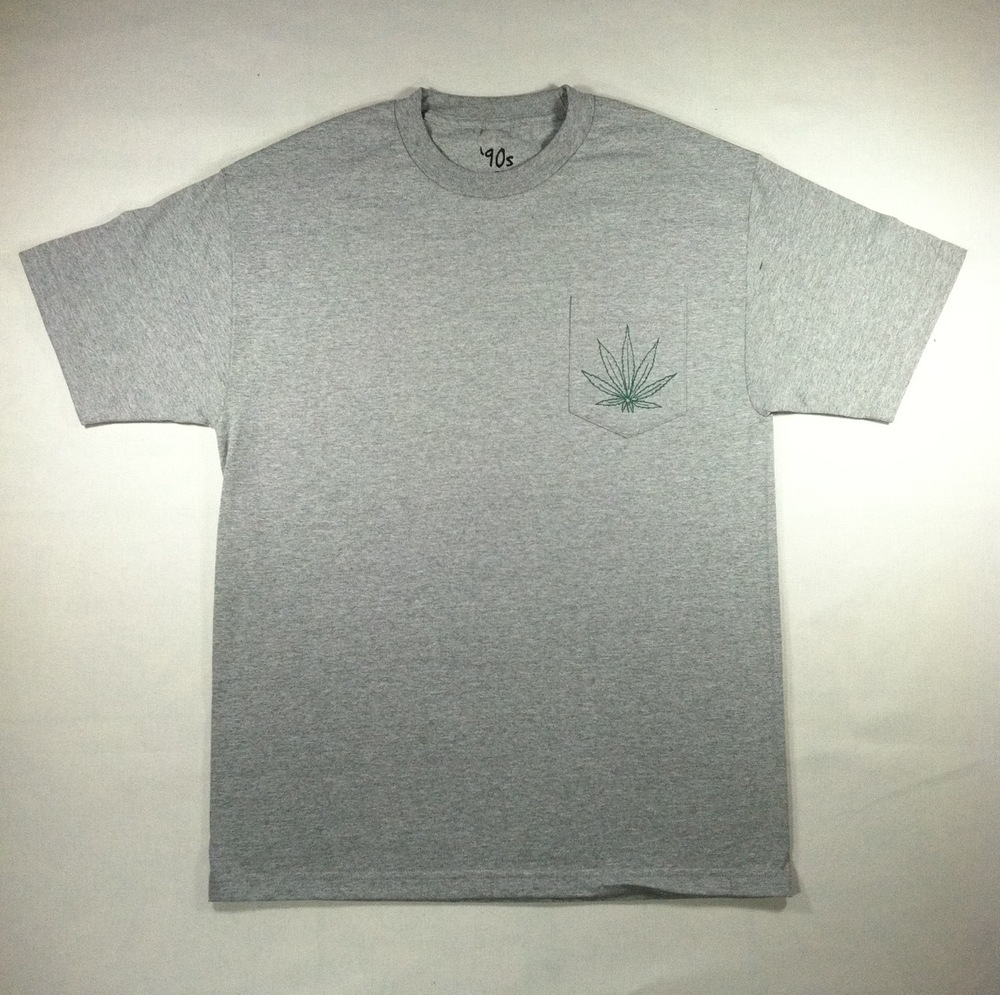 The Nineties Clothing — WEED LEAF POCKET TEE IN GREY