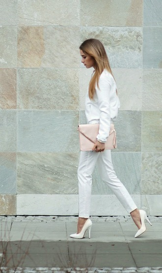 sweater tumblr white sweater pants white pants pumps pointed toe pumps high heel pumps white shoes all white everything bag pouch fall outfits