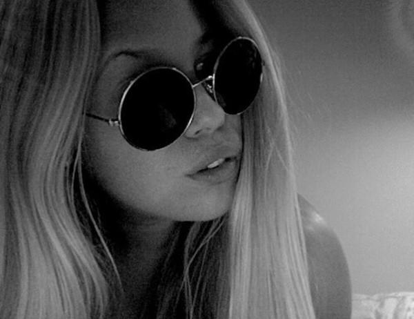 sunglasses round sunglasses black and white hot hippie hippie glasses trendy