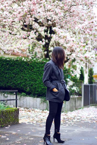 mode junkie t-shirt jacket bag shoes belt