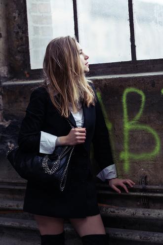 fashion gamble blogger black jacket straight hair