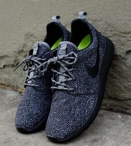 lowest price 66c27 07aea Womens Nike Roshe Run Black White Dots Safari Spots Flyknit Fragment Triple  Grey