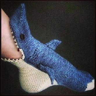 socks shark sharksocks blood ocean knitwear cozy holiday gift
