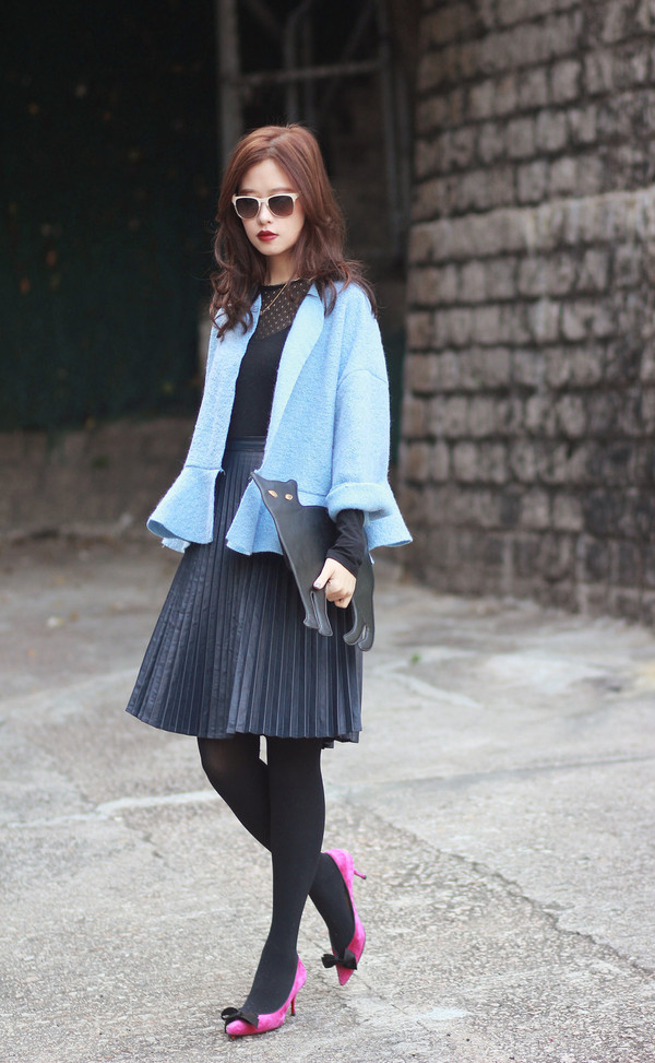 mellow mayo coat sunglasses jewels skirt bag shoes nail polish t-shirt shorts
