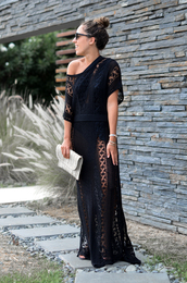 dress,knitted dress,long dress,black dress,short sleeve dress,clutch,mules,belted dress,sunglasses
