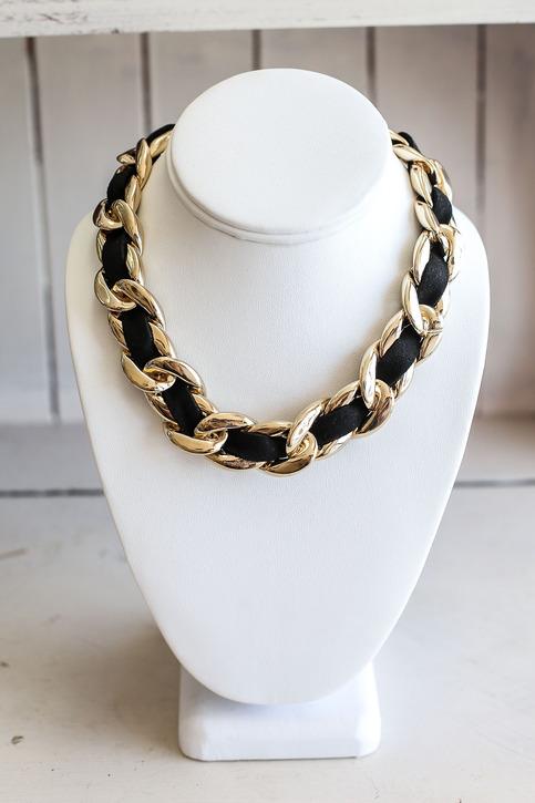 Chunky chain velvet ribbon necklace