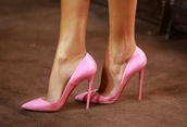 shoes,pink,pumps,patent leather,gorgeous,baby pink,high heels,fabulous,pink by victorias secret,pink shoes,heels,designer,pink heels,stilettos,light pink,girly,style,hot,fashion