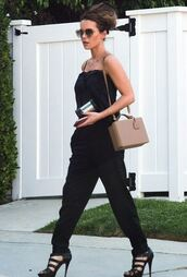 bag,kate beckinsale,heels,high heels,sunglasses,summer,summer outfits,platform shoes,jumpsuit,black jumpsuit