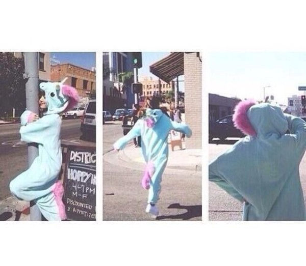ariana grande unicorn costume cute lovely pink blue pajamas