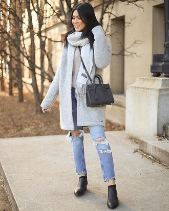 coat grey coat scarf grey scarf boots black boots ripped jeans blue jeans jeans denim