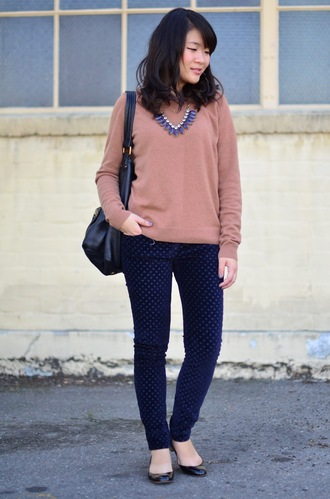 daily disguise blogger sweater pants shoes jewels