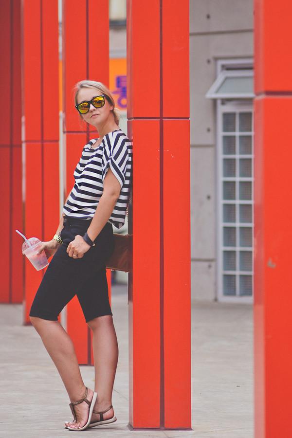 my blonde gal bag sunglasses jewels shoes blouse bermuda