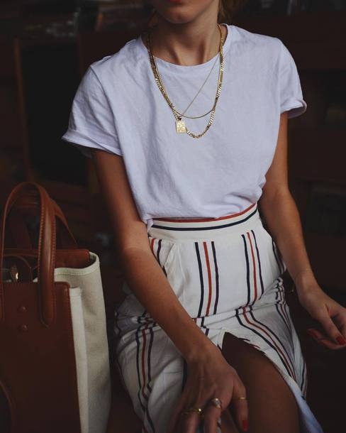 t-shirt tumblr white t-shirt necklace gold necklace jewels jewelry gold jewelry skirt slit skirt stripes striped skirt pants wide red blue white classy stylish fancy fashion