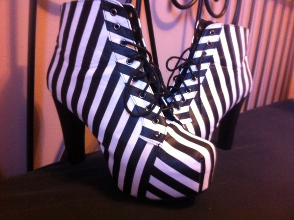 shoes black and white jeffrey campbell motorcycle boots