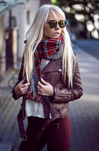 oksana orehhova fashion secrets with oksana blogger tartan scarf leather jacket burgundy blonde hair dress jacket jeans