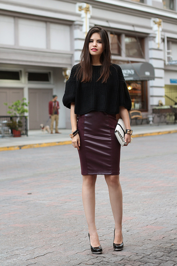 fake leather skirt t-shirt bag jewels shoes