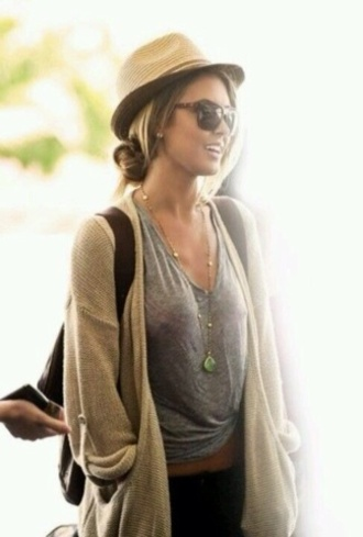 coat boho bohemian style fashion relaxed cardigan oversized cardigan t-shirt clothes outfits sunglasses hat jewelry hippie cute pinterest top grey t-shirt tank top