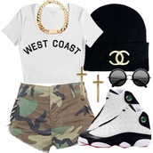 shoes,shirt,shorts,camouflage,army green shorts,top,t-shirt,jewels,hat,sunglasses