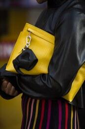 bag,london fashion week 2017,fashion week 2017,fashion week,streetstyle,clutch,pouch,yellow,yellow bag,shirt,black shirt