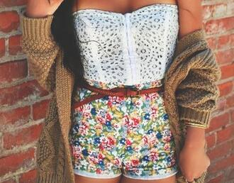 shorts clothes blouse bustier top strapless sweater lovely floral belt red blue green yellow white black tan high waisted high waisted shorts cardigan oversized cardigan bag lace crop top brown knit sweater