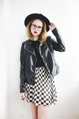 kristina magdalina blogger jacket skirt sunglasses