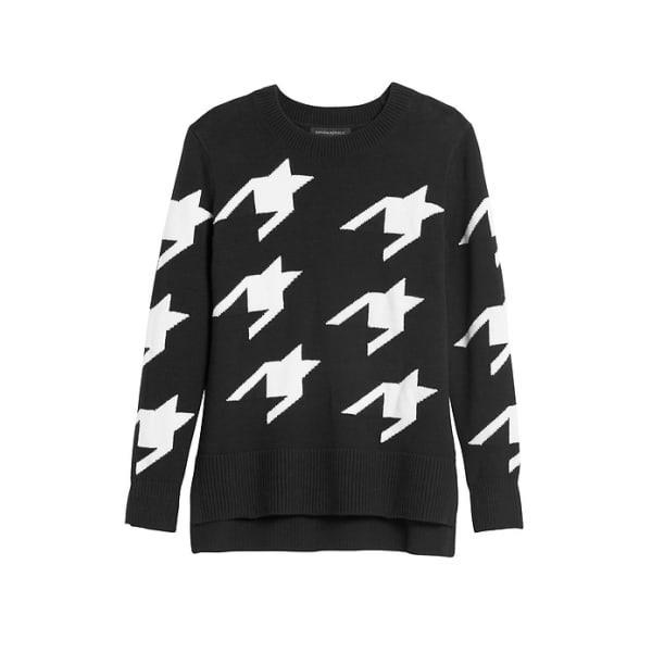 Banana Republic Women's Houndstooth Hi-Low Hem Sweater Black & White Regular Size M