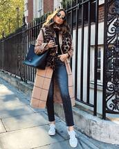 scarf,leopard print,jeans,high waisted jeans,sneakers,black blouse,handbag,round sunglasses,coat,checkered