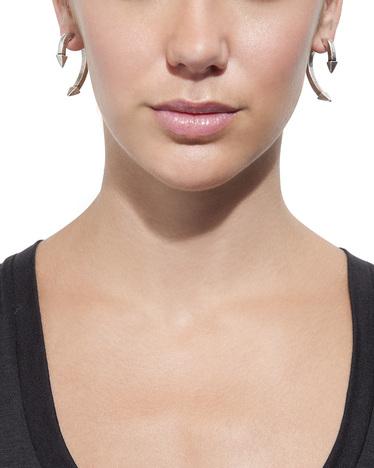 Boomerang earring