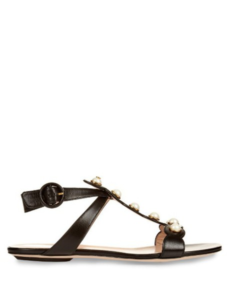 GUCCI Willow leather sandals in black