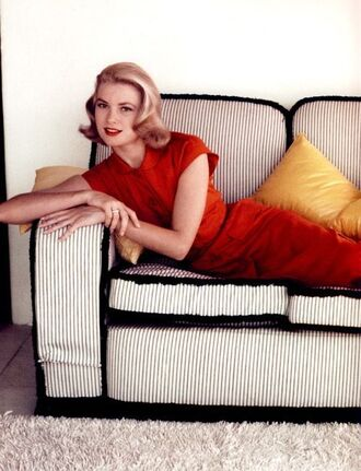 dress grace kelly actress red dress classy dress classy red lipstick hairstyles blonde hair retro dress retro