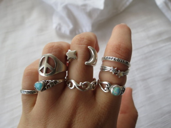 star heart jewels rings ring gold pretty jewelry stars moon topaz blue hand tumblr trendy hip hipster indie grunge silver peace love heart peace symbol
