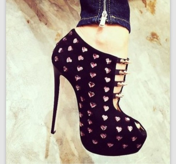 shoes black studded heels