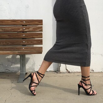 skirt ribbed grey ribbed skirt midi skirt midi black heels black shoes heels sotd lotd ootn gojane
