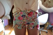shorts,girly,pink,blue,rainbow,creme,tan,High waisted shorts,vintage