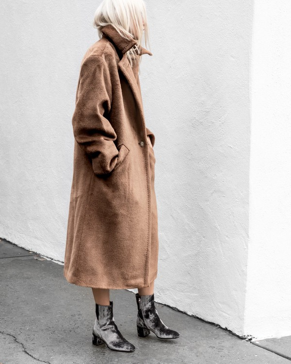 af7bf1b543e shoes tumblr boots grey boots ankle boots velvet velvet boots coat camel  camel coat long coat.