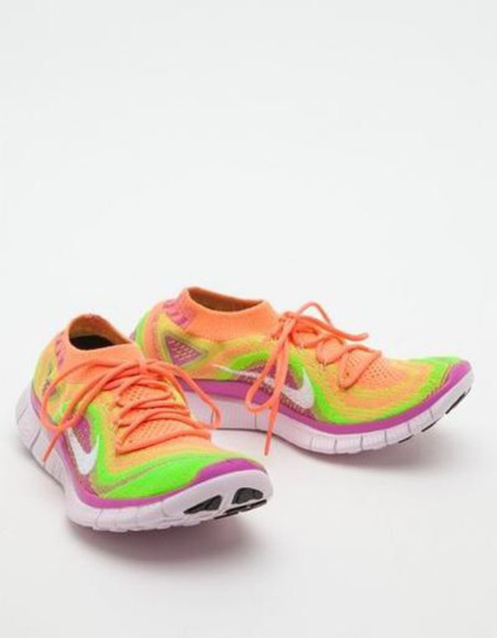 shoes sneakers nike orange orange shoes nike running shoes nike sneakers nike flyknit coral nike free run fashion style love want want want grey shoes running shoes runners coral shoes grey flyknit free run nike women