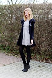 beauty fashion shopping,blogger,dress,shoes,jewels,coat
