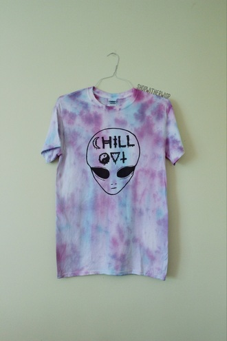 shirt alien tumblr cute tie dye aliens grunge rainbow tiedye swirl tydie