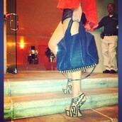 heels,tribal pattern,beige shoes,shoes