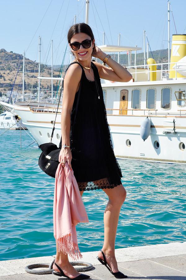 maritsa shoes bag sunglasses t-shirt jewels