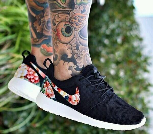 shoes black grey floral nike roshes floral