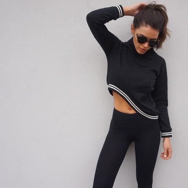 shirt white stripes black long sleeves leggings