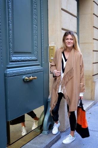 blogger bag fringes jumper babymodeuse adidas shoes camel