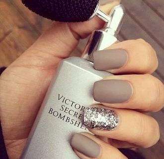 nail polish nails matta victoria's secret victoria secret nude nude nailpolish nude nails pretty nails glitter nail polish metallic nails