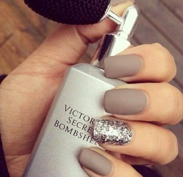 nail polish nails matta victoria's secret victoria secret nude nude nailpolish nail polish nails nude nails pretty nails glitter nail polish metallic nails