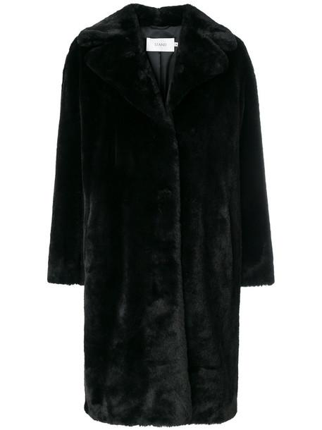 Stand coat oversized fur women black