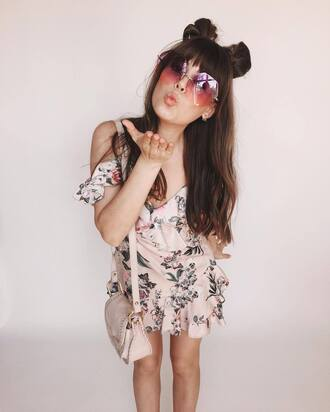 hair accessory sunglasses tumblr retro sunglasses hair long hair hairstyles brunette dress mini dress pink dress floral floral dress bag pink bag spring outfits spring dress